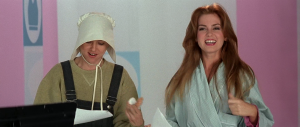 Heather (Isla Fisher) and Dawn Campbell (Naomi Watts) compare notes in I Love Huckabees